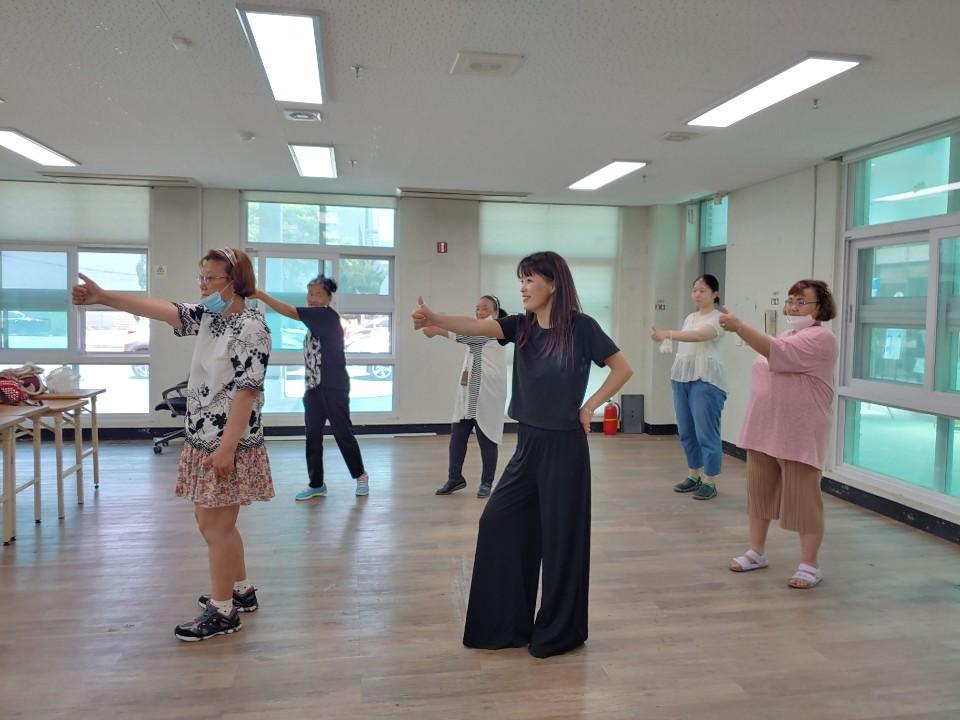 우아미학교 댄스교실…